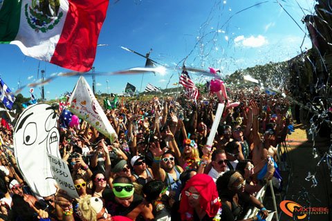 TomorrowWorld2013byMixtribe